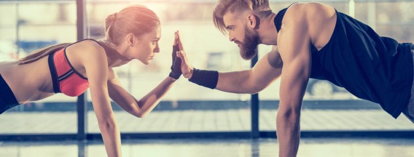Viel Sport und eine gesunde Ernährung können dem entgegenwirken