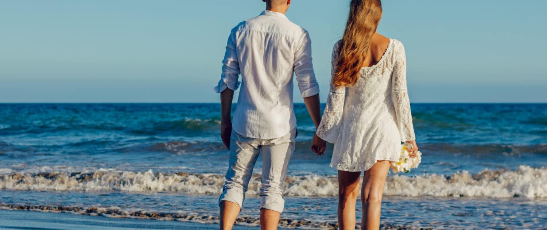 Die Anwendung von Butea Superba soll angeblich Erektionsstärungen beheben und Beziehungen retten